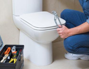 naprawa wc spłuczki toalety ubikacji